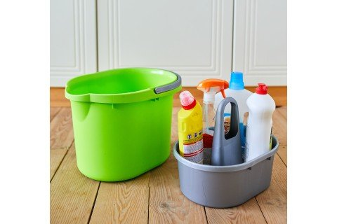 Відра для прибирання, корзини для сміття
